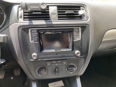 VW Jetta 2016 grise Manuelle