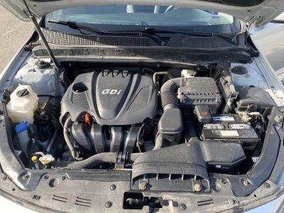 Kia Optima LX 2.4 litres 2013